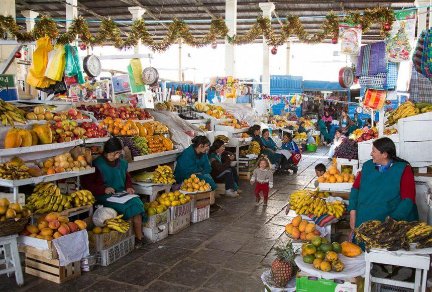 Exploring Cusco's San Pedro market