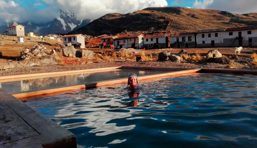 Relaxing hot springs on Ausangate