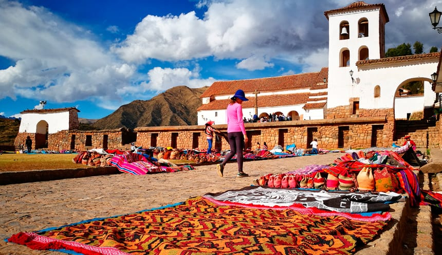 Colourful markets, Ollantaytambo