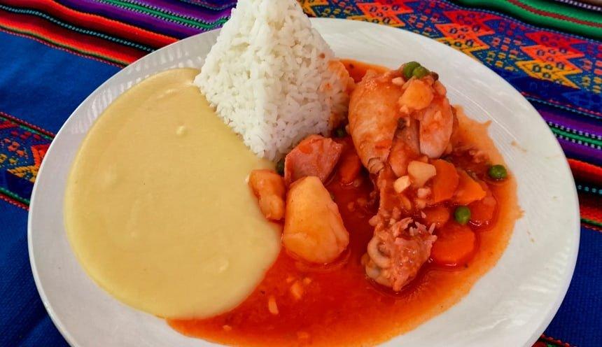 Manu Jungle Tour Food